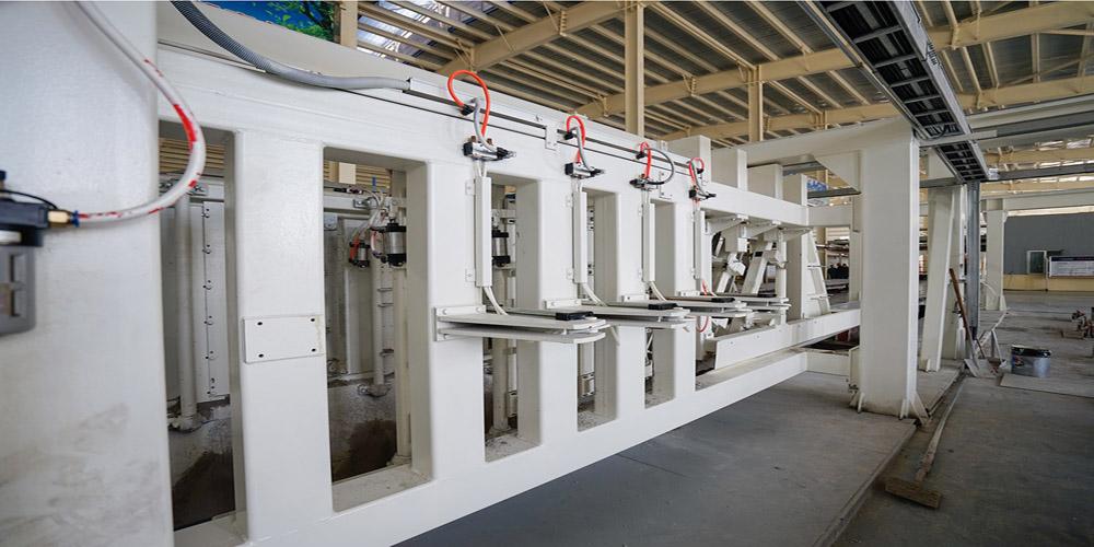 加气混凝土板材生产线——去皮刨槽